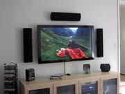 Навеска телевизоров на навесные кронштейны.