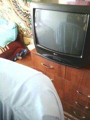 Телевизор в хорошем состоянии рабочий